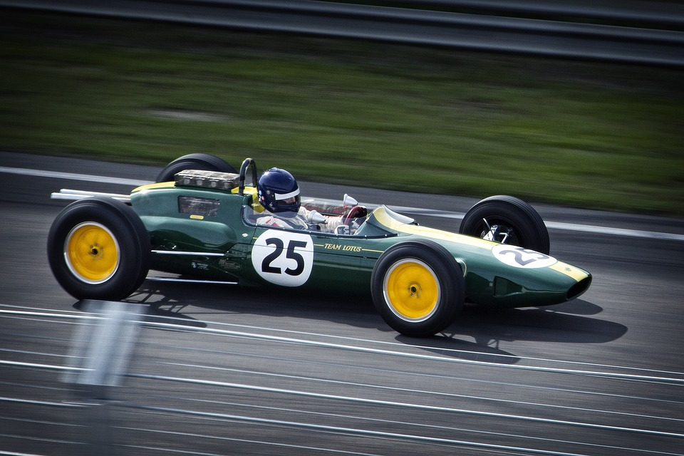 14 квітня1929 року відбувся перший Гран-прі Формули-1