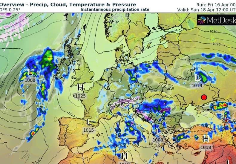 """Циклон несет мокрый снег и похолодание: """"печальный"""" прогноз на выходные (карта)"""