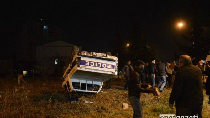 Сотни граждан Батуми попытались взять штурмом отделение милиции