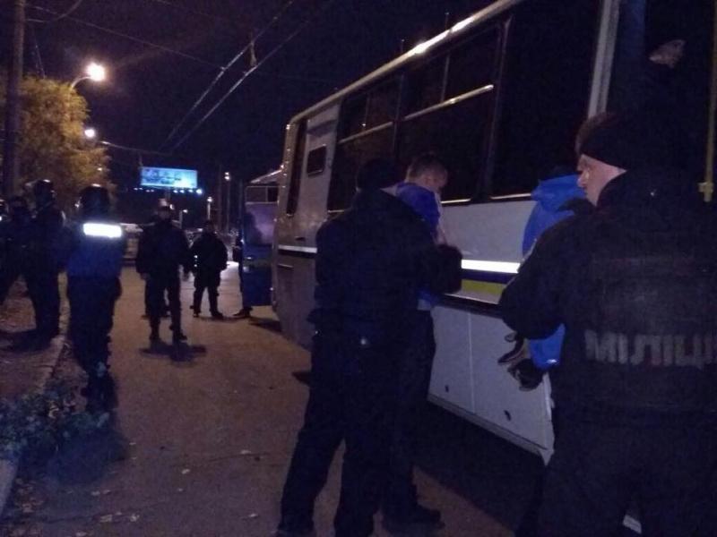 У Києві сталася масова бійка футбольних уболівальників