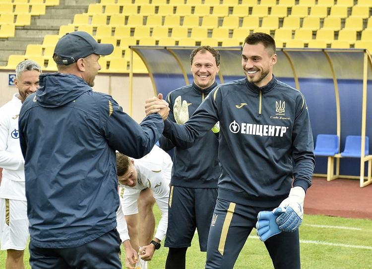 Георгий Бущан (справа, фото uaf.ua)