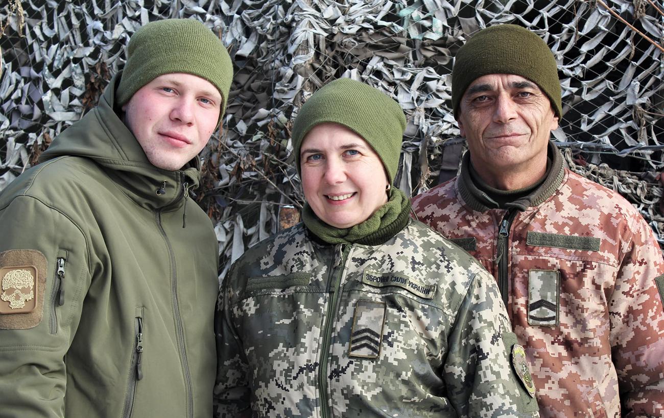 На захисті країни - усією родиною: українців вразила історія цих військових (фото)