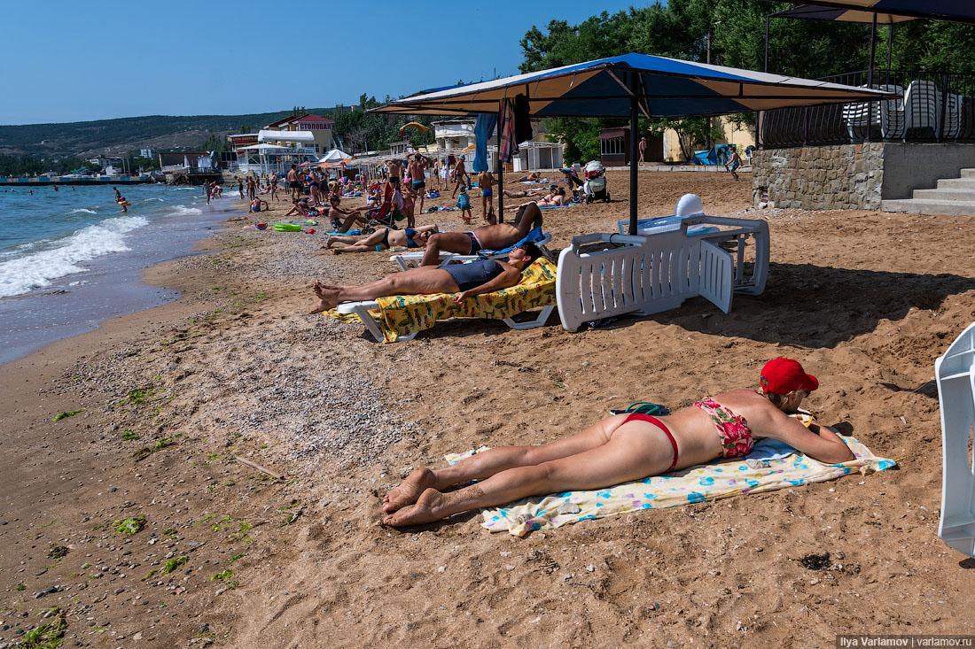 У мережі показали курортні фото Криму: з раю зробили гадюшник