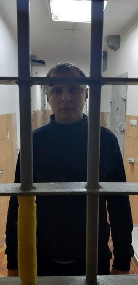 """З'явилися фото """"копів""""-насильників з-за ґрат: вони не засмучуються"""