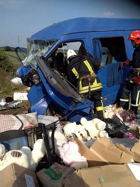 В Коломые столкнулись два авто, погибли три человека