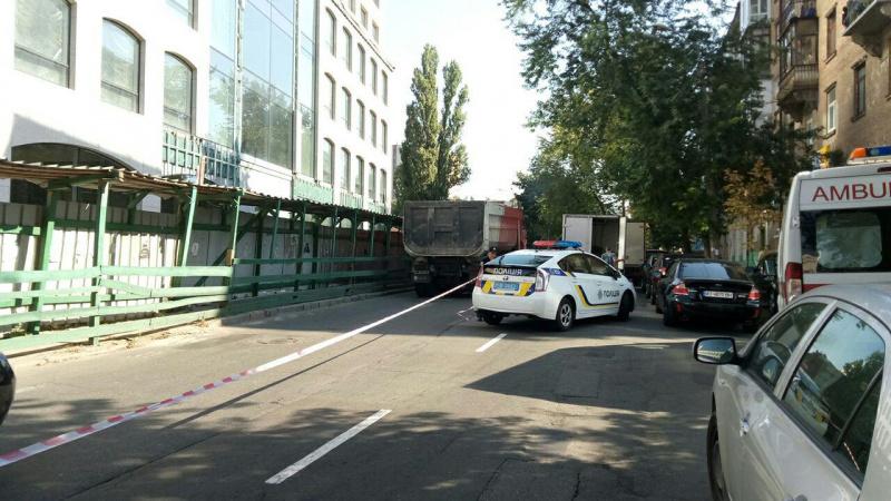 Стрілянина сталася наЗоологічній вулиці уКиєві, зтравмата поранено чоловіка