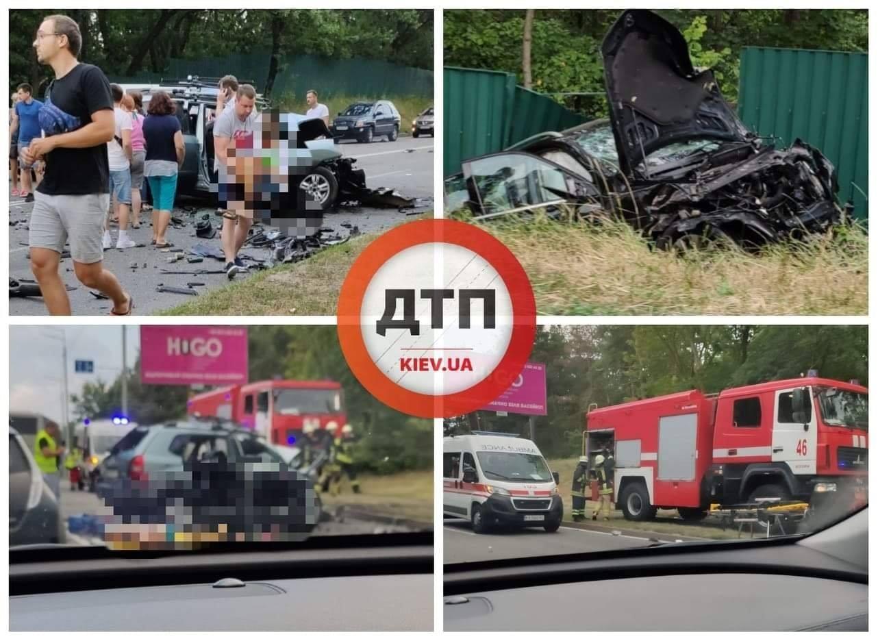 П'яний водій Mercedes влаштував масштабну ДТП під Києвом: загинули діти з батьками