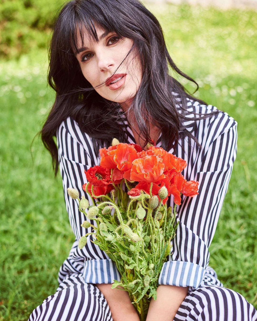 Долой стандарты: стильная Маша Ефросинина призвала не бояться внутренних и внешних изменений