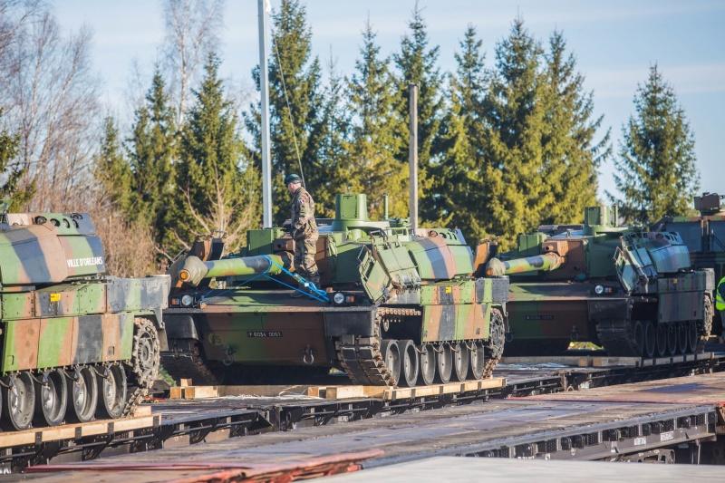 Враг применил танки и артиллерию калибром 122 мм при обстреле Водяного, Широкино и Зенита, - пресс-центр штаба АТО - Цензор.НЕТ 5972