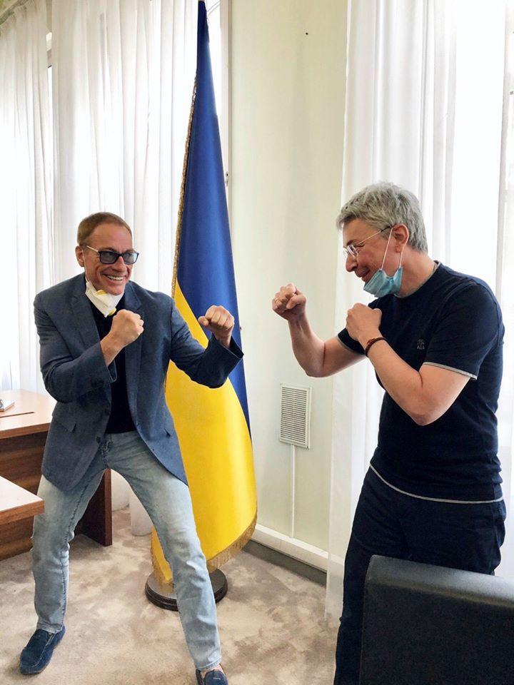 Ван Дамм прибыл в Киев на съемки первого фильма Netflix в Украине: подробности (фото)
