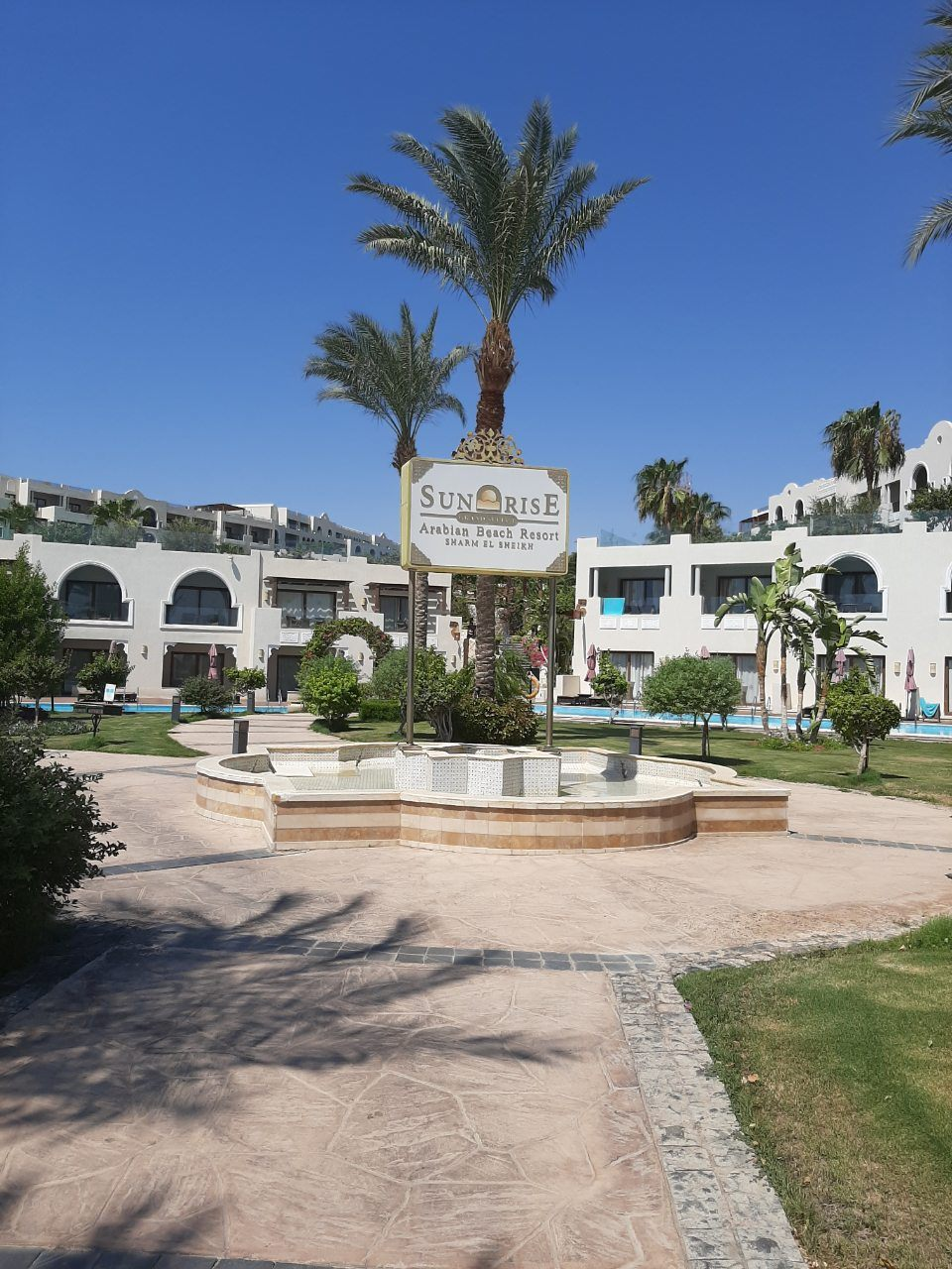 """Украинка """"разнесла"""" 5-звездочный отель Египта из-за экономии на безопасности отдыхающих"""
