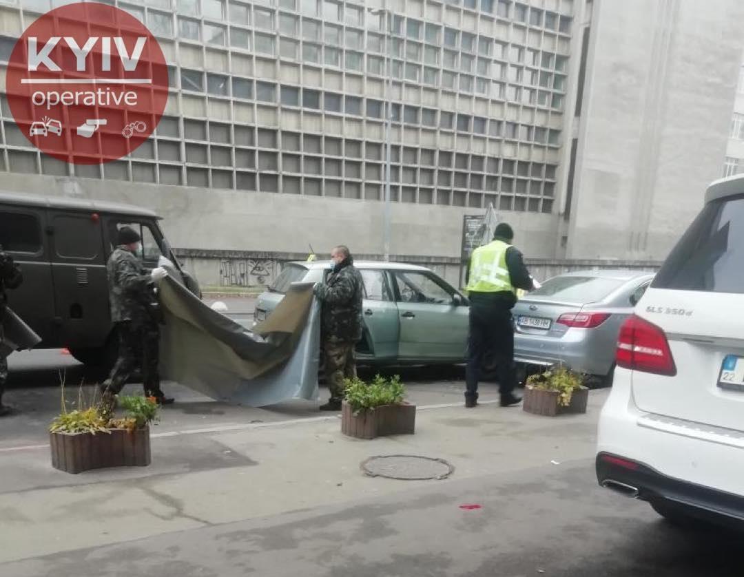 В Киеве таксист уснул за рулем и погубил пассажирку