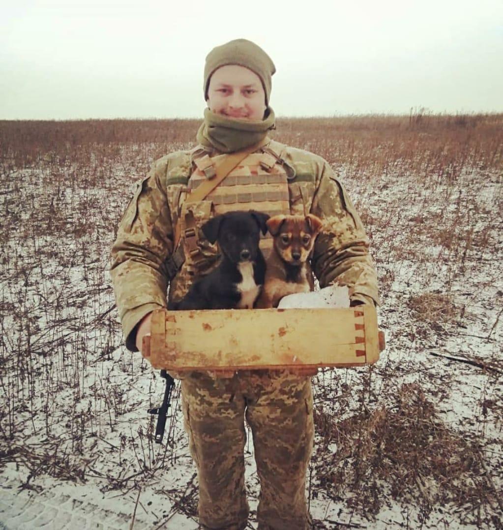 На Донбасі куля снайпера вбила морпеха Олександра Отреп'єва: запам'ятайте його таким (фото)