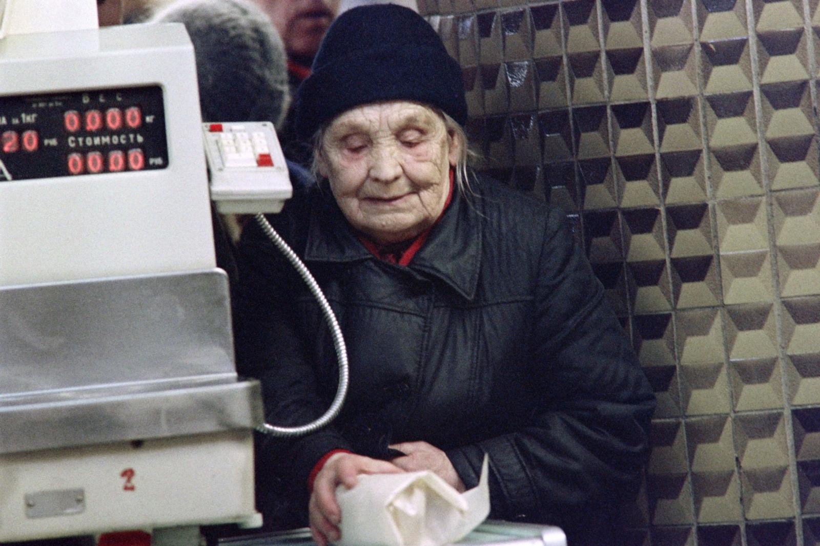Спливли заборонені фото останніх днів СРСР. Повертатися в цей жах точно не захочеться
