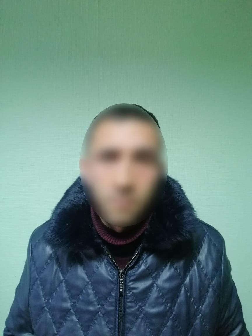 Викликала таксі, але переплутала авто: під Києвом 19-річна дівчина стала жертвою ґвалтівників