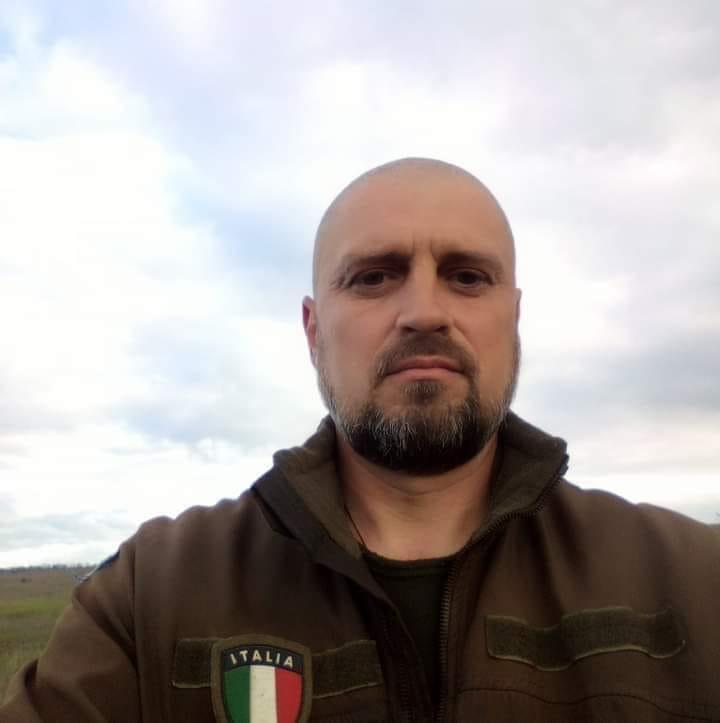 На фронті загинув український воїн: вдома залишилися мати, дружина і дочка (фото)