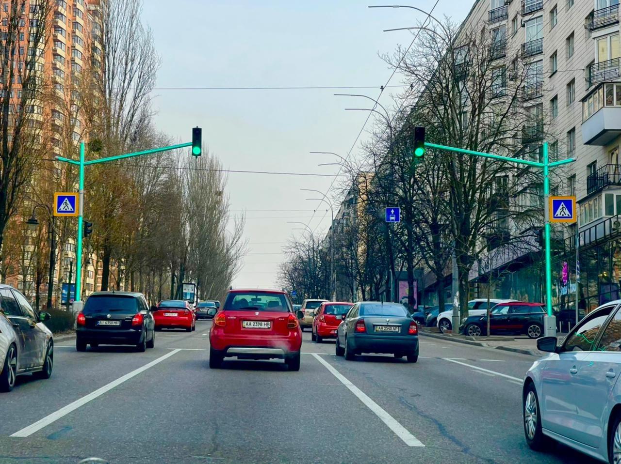 В центре Киева появился необычный светофор: чем он интересен