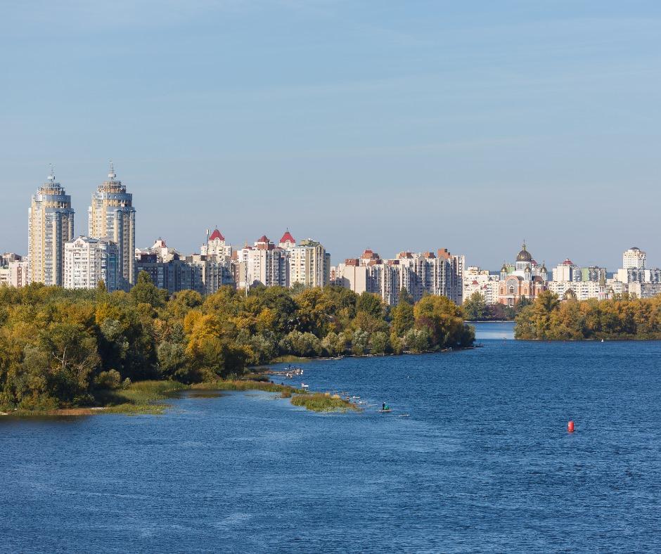 У Києві зведуть два нових мости: де вони з'являться