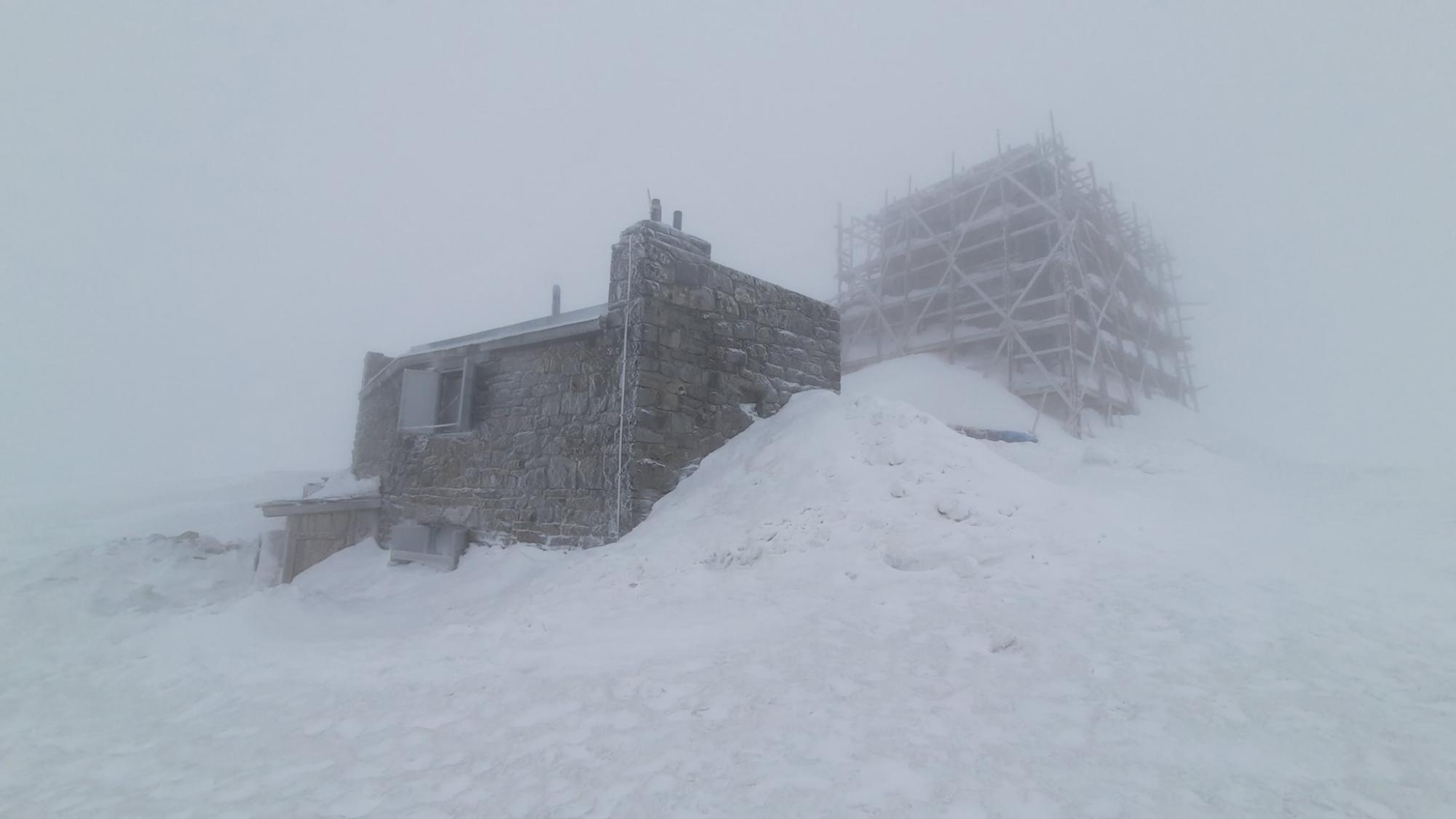 В середине апреля Украину засыпает снегом: температура в некоторых регионах -2 градуса