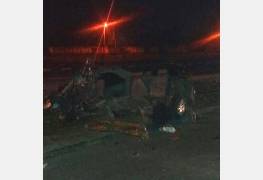 Машину разорвало начасти в итоге жуткого ДТП вХарькове