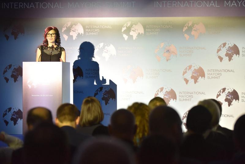 У Києві розпочався Міжнародний саміт мерів