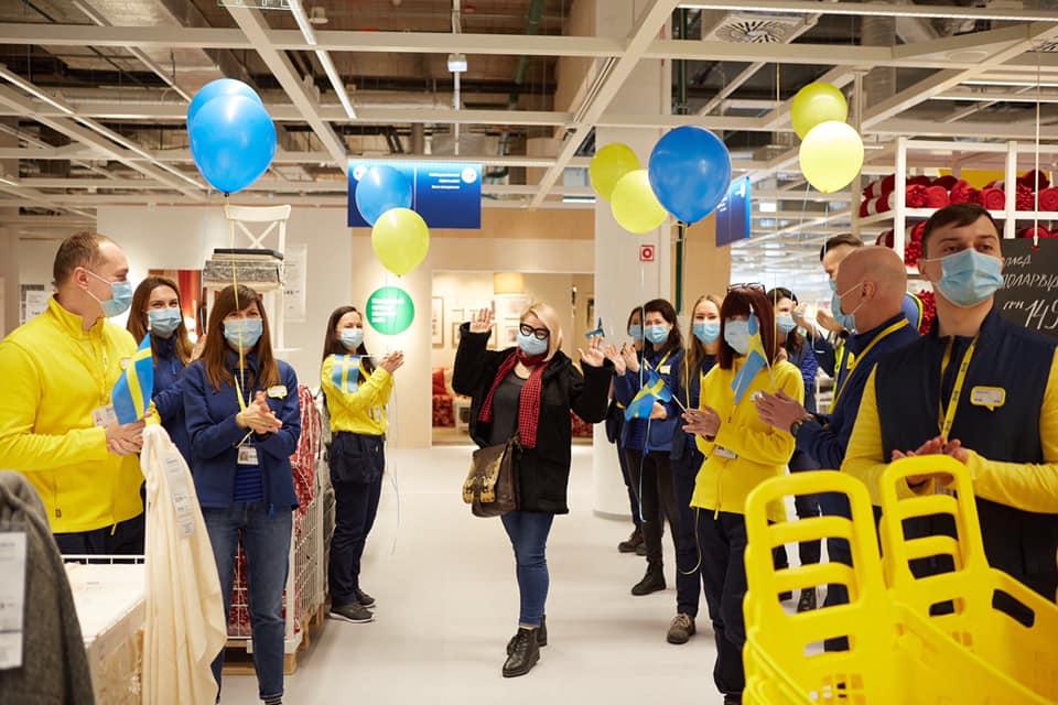 IKEA офіційно відкрила свій перший магазин в Україні: як він виглядає