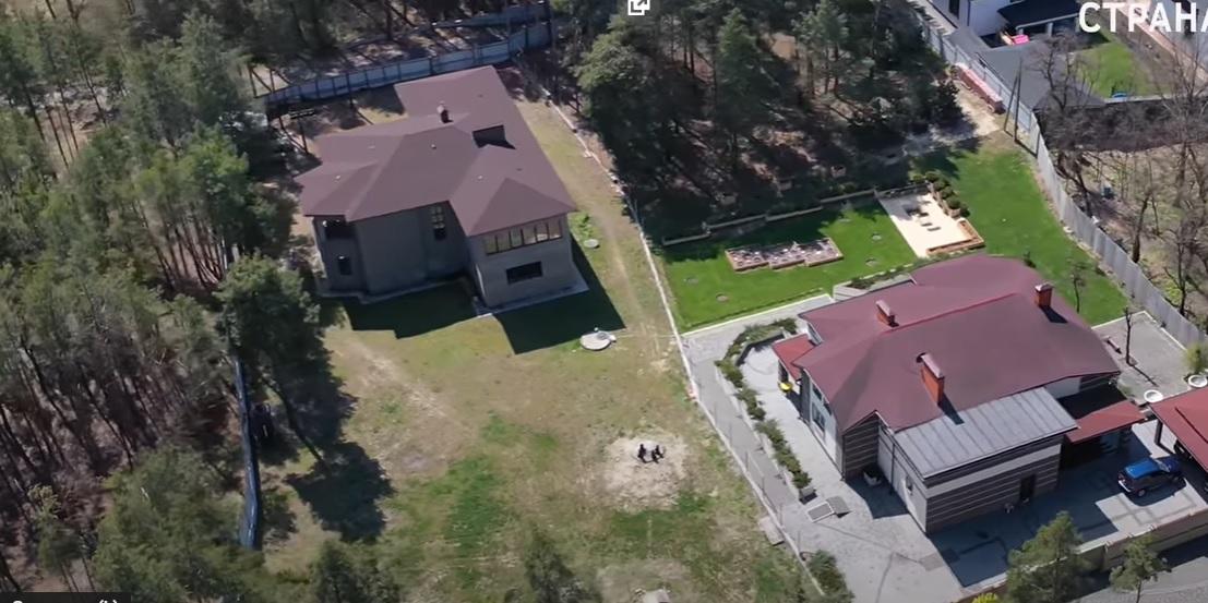 """Журналисты показали огромный дом в сосновом лесу бывшего """"кварталовца"""" Юзика"""