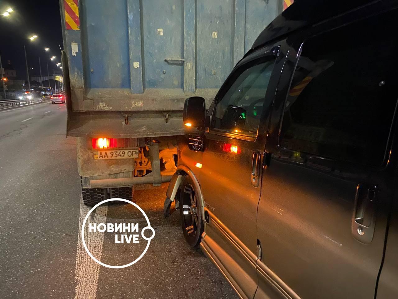 Соломия Витвицкая попала в ДТП в Киеве: авто влетело под самосвал