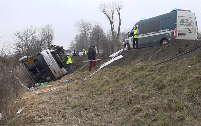 ДТП із туристичним автобусом уПольщі: 11 постраждалих