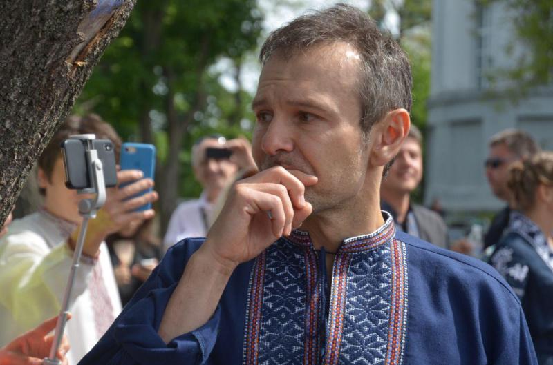 Не буду собою: чи покине сцену Вакарчук після походу в політику