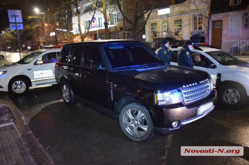 В Николаеве патрульные устроили погоню за пьяным чиновником ОГА