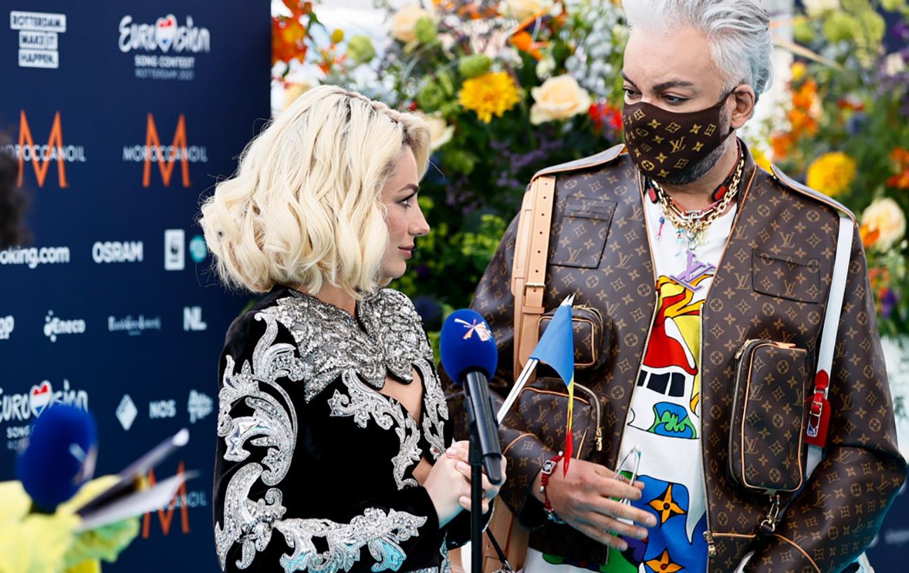 Кіркоров шокував іноземців на відкритті Євробачення 2021: перебивав співачку і знімав себе