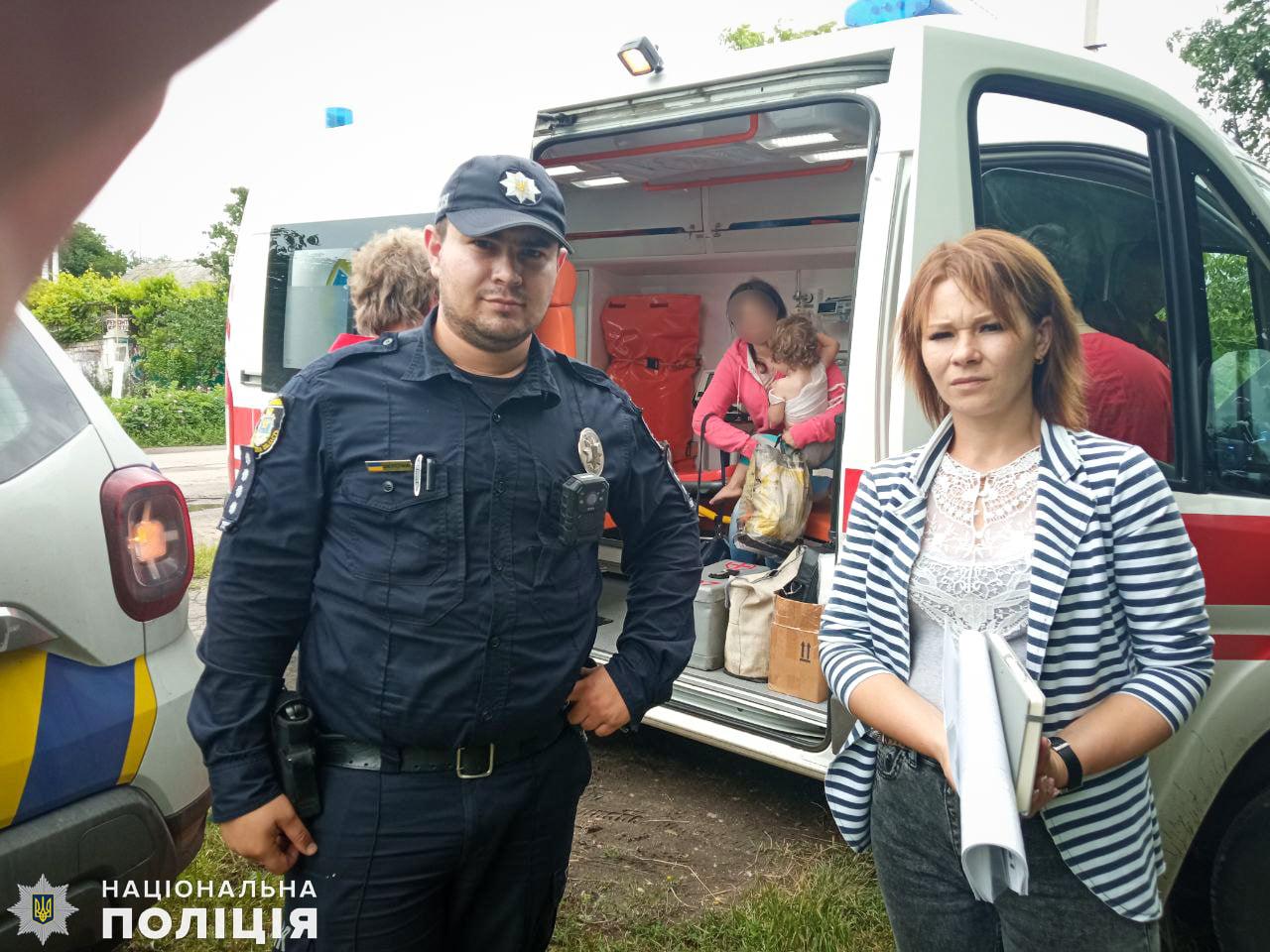 Під Миколаєвом 2-річна дівчинка вилила на себе окріп: мати вирішила не лікувати дитину