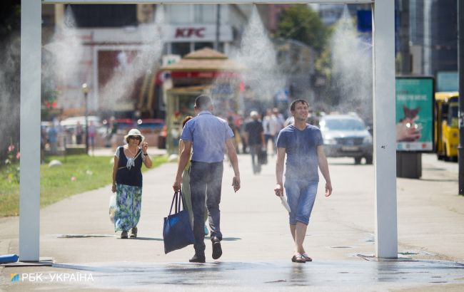 Усиление жары и дожди с грозами: украинцев предупредили о сложной погоде