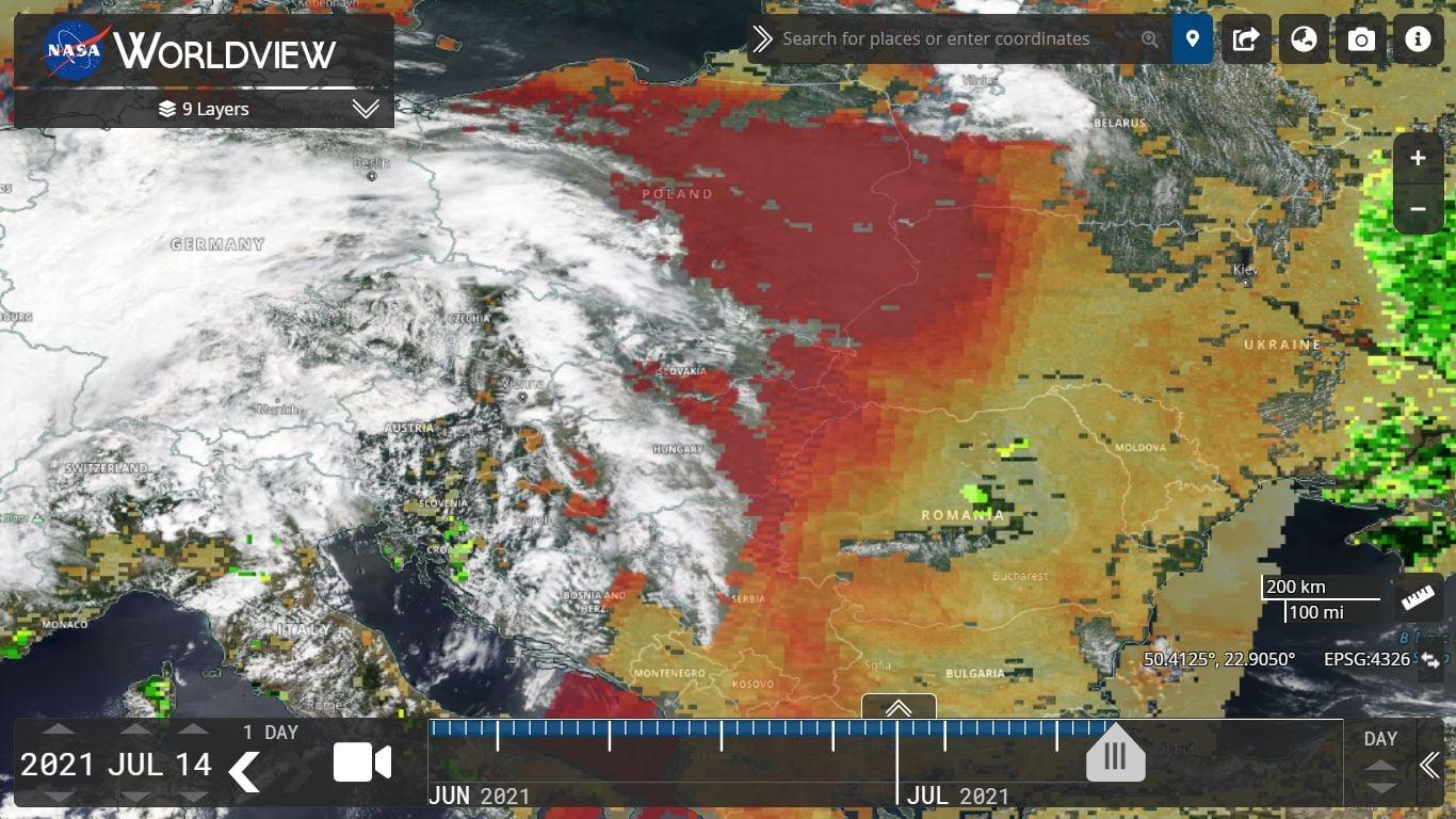 Україну накриває щільна пилова хмара з Сахари: для кого вона небезпечна