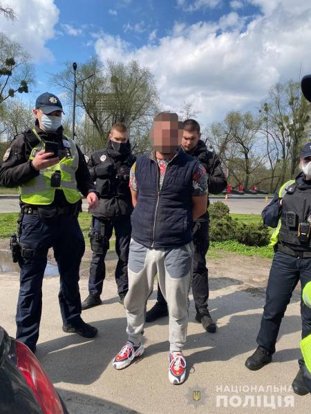 У центрі Києва мажор обстріляв дорожників: цинічна поведінка вражає (відео)