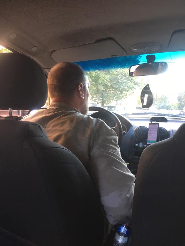 """В Харькове таксист обозвал пассажирку из-за украинского языка: """"20 минут слушала, что я бандеровка"""" (фото)"""