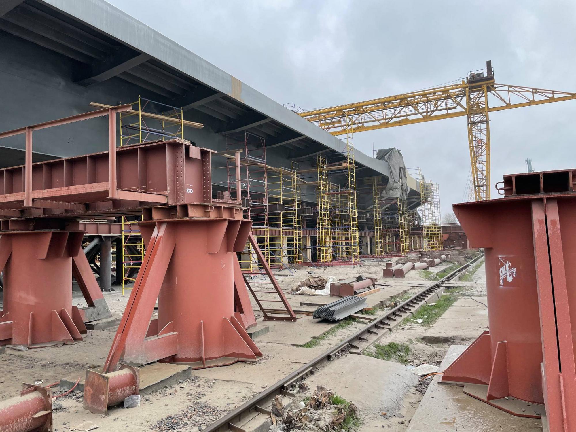 Перший рух по мостах-довгобудам у Запоріжжі відкриють вже до кінця року
