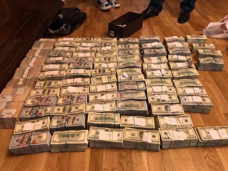 Суд выбрал меры пресечения еще двум экс-налоговикам— Антикоррупционная операция