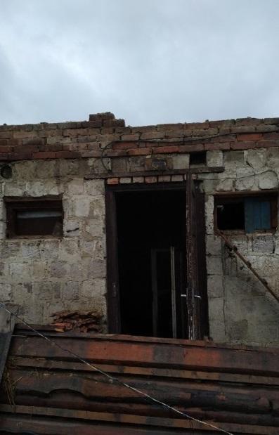 Під Львовом підпалили будинок багатодітної вдови ветерана АТО: всі деталі і відео