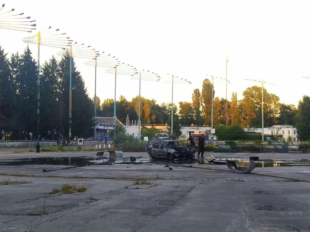 В Киеве прогремел взрыв около станции метро: что произошло (фото)