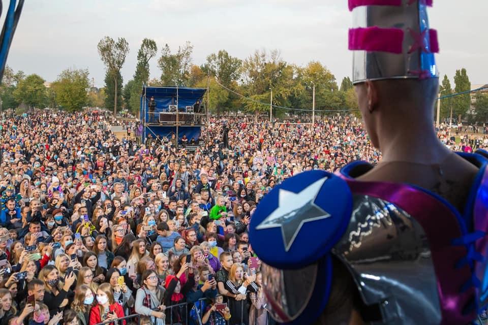 Потрапила в кримінальну справу: Оля Полякова дала концерт в Харкові під час пандемії