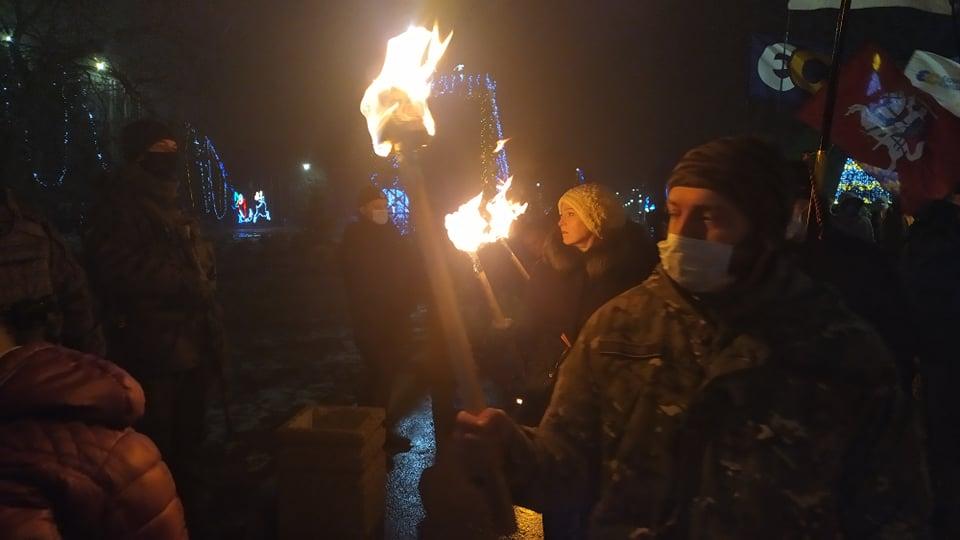 В городах Украины ярко и необычно отметили день рождения Бандеры: как это было