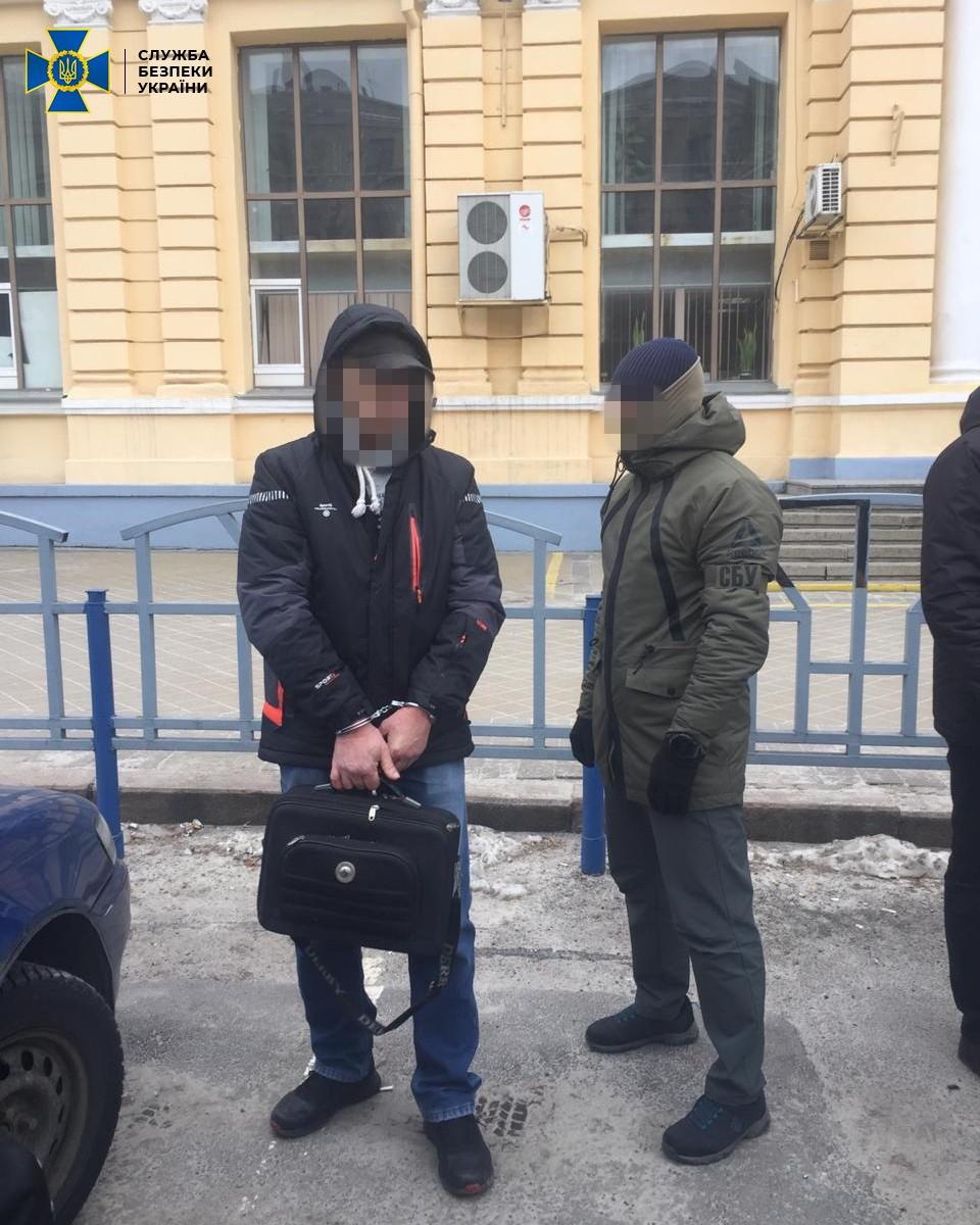 2 79 - Агент ФСБ в Николаеве собирал секретные данные о военной технике