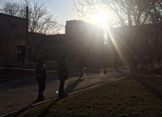 В итоге взрыва неизвестного предмета вДонецкой области умер 12-летний школьник