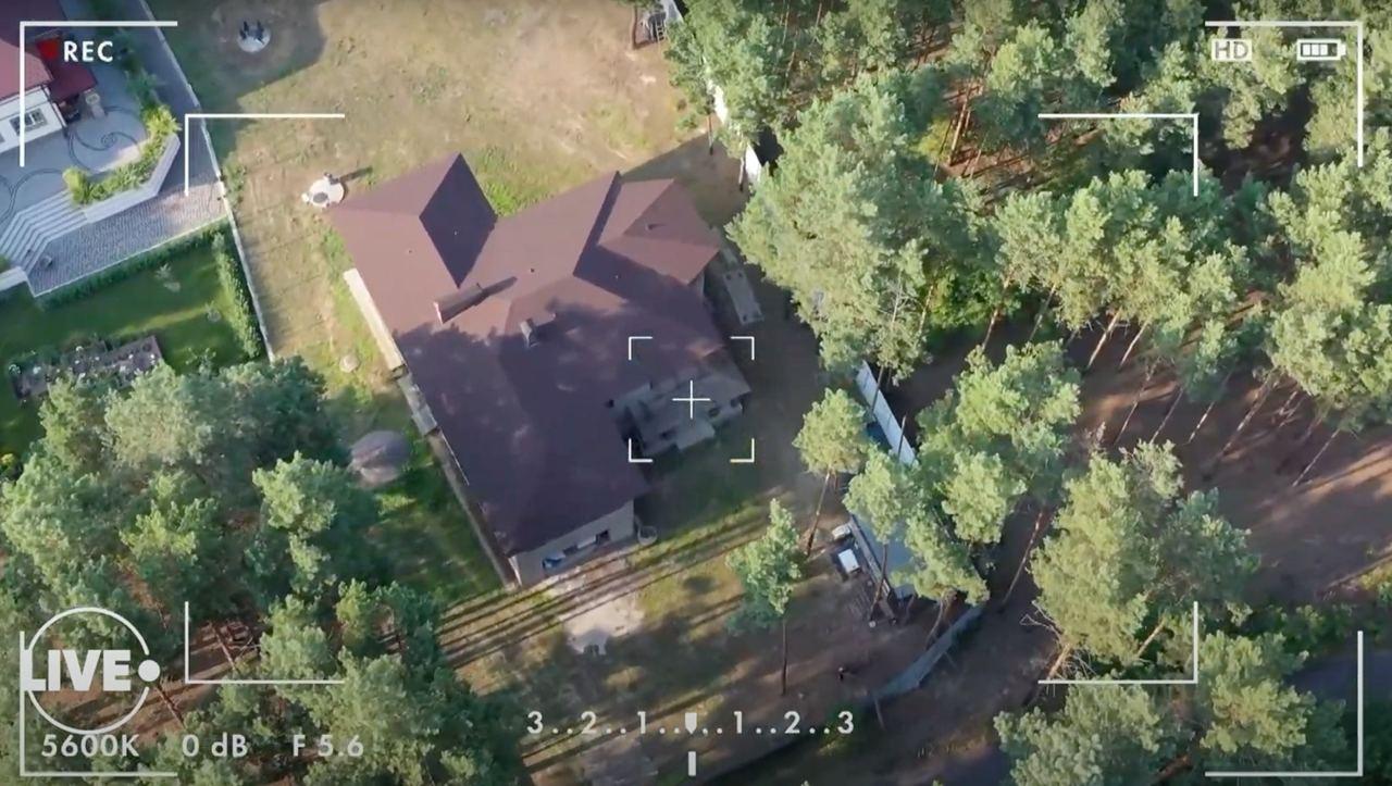 """Двоповерховий """"садовий будиночок"""": як виглядає новий особняк екс-""""кварталівця"""" Юзіка (відео)"""