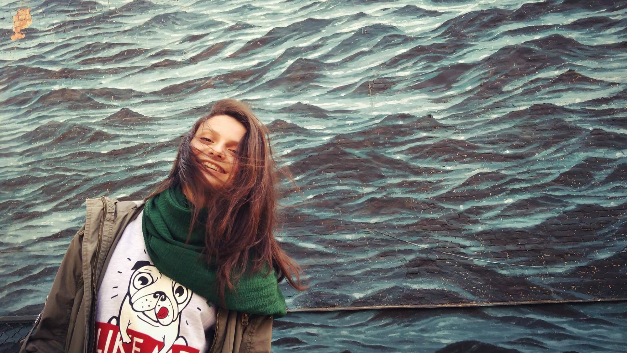 Янгол в білому халаті та мрійниця: що відомо про загиблу при пожежі в Запоріжжі молоду лікарку