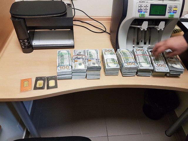 Финансирование боевиков: из украинской столицы «утекали» десятки млн