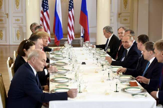 Зустріч Трампа з Путіним почалася в президентському палаці в Гельсінкі - Цензор.НЕТ 9725