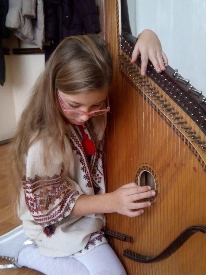 Дівчинка з Житомира визнана самим молодим композитором України (фото)